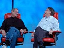Bill Gates: 'Steve Jobs luôn có bùa chú để cứu Apple'
