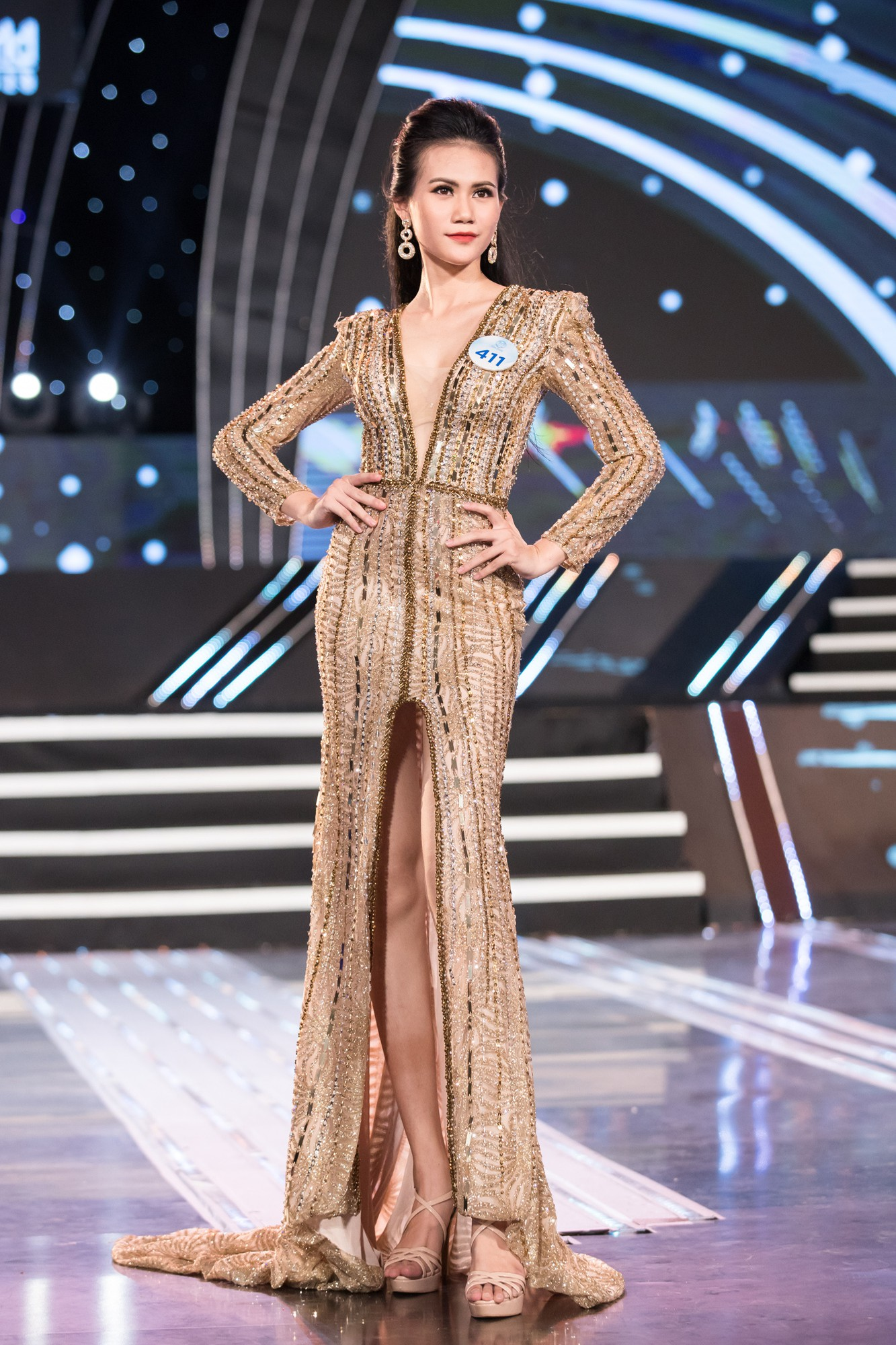 Soi nhan sắc 20 cô gái phía Bắc vừa lọt Chung kết Miss World VN: Thí sinh mặt đẹp nhất lại lộ vóc dáng đô con, thiếu đường cong-12