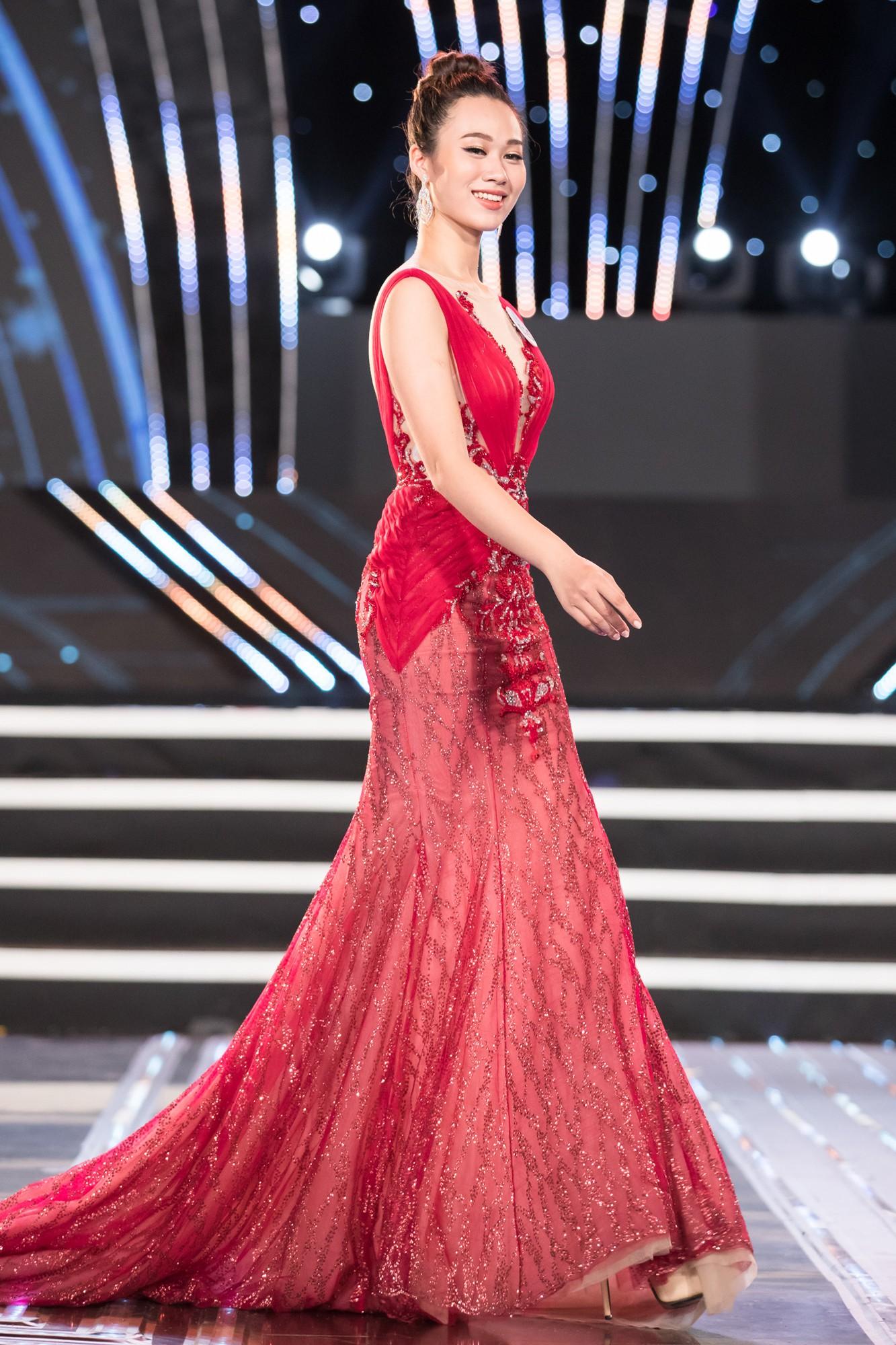 Soi nhan sắc 20 cô gái phía Bắc vừa lọt Chung kết Miss World VN: Thí sinh mặt đẹp nhất lại lộ vóc dáng đô con, thiếu đường cong-13