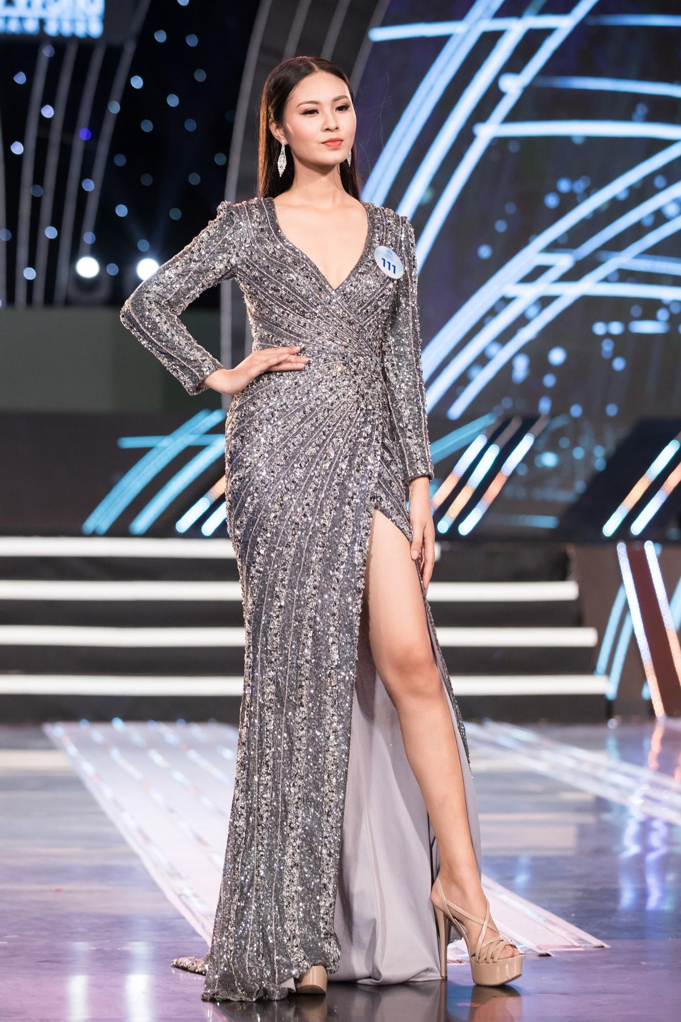 Soi nhan sắc 20 cô gái phía Bắc vừa lọt Chung kết Miss World VN: Thí sinh mặt đẹp nhất lại lộ vóc dáng đô con, thiếu đường cong-17
