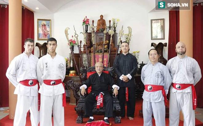 Lục đục nội bộ, Tổng đàn chủ Vịnh Xuân Nam Anh muốn đấu chấp đối thủ... một chân một tay-1