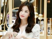 Clip đưa Song Hye Kyo lên top 1 tin hot nhất Hàn: Nhờ 1 câu nói của fan, mỹ nhân nở nụ cười đầu tiên giữa bão ly hôn