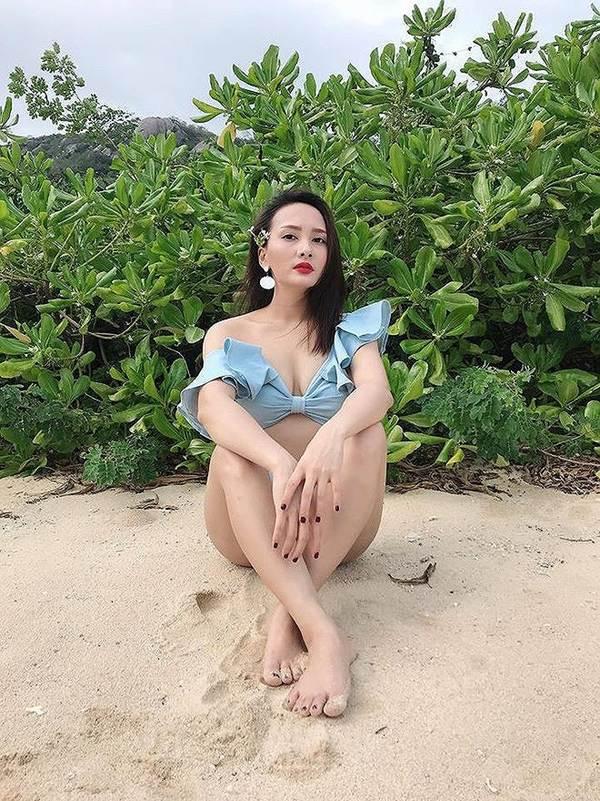 Phát sốt với ảnh bikini của Bảo Thanh được khen eo thon hơn Ngọc Trinh-5