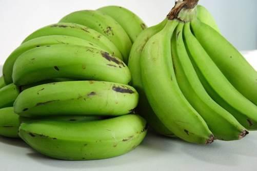 Vài quả chuối xanh hơn cả mỹ phẩm đắt tiền, vừa dưỡng trắng da lại trị sạch mụn-1