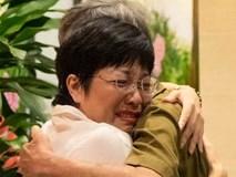 MC Thảo Vân bật khóc khi được bố mẹ Công Lý đến thăm và câu chuyện cảm động phía sau