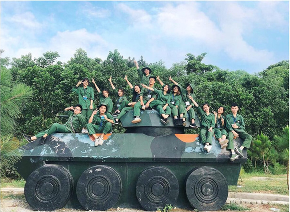 Chùm ảnh học quân sự tuyệt đẹp tại Xuân Hoà: Lăn lộn 30 ngày đêm ở đây, đời sinh viên còn gì để tiếc nuối-1