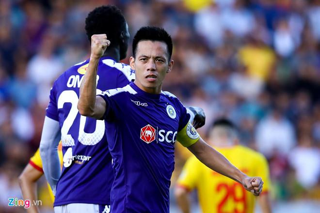 Văn Quyết vẫn chờ ngày trở lại đội tuyển Việt Nam-1