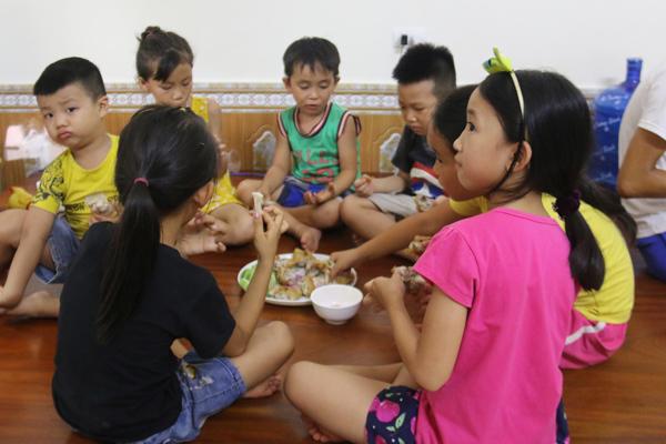 Cơ ngơi 3 tầng nhà bà Tân Vlog ở Bắc Giang-16