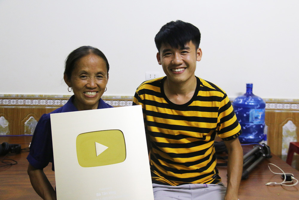 Cơ ngơi 3 tầng nhà bà Tân Vlog ở Bắc Giang-18