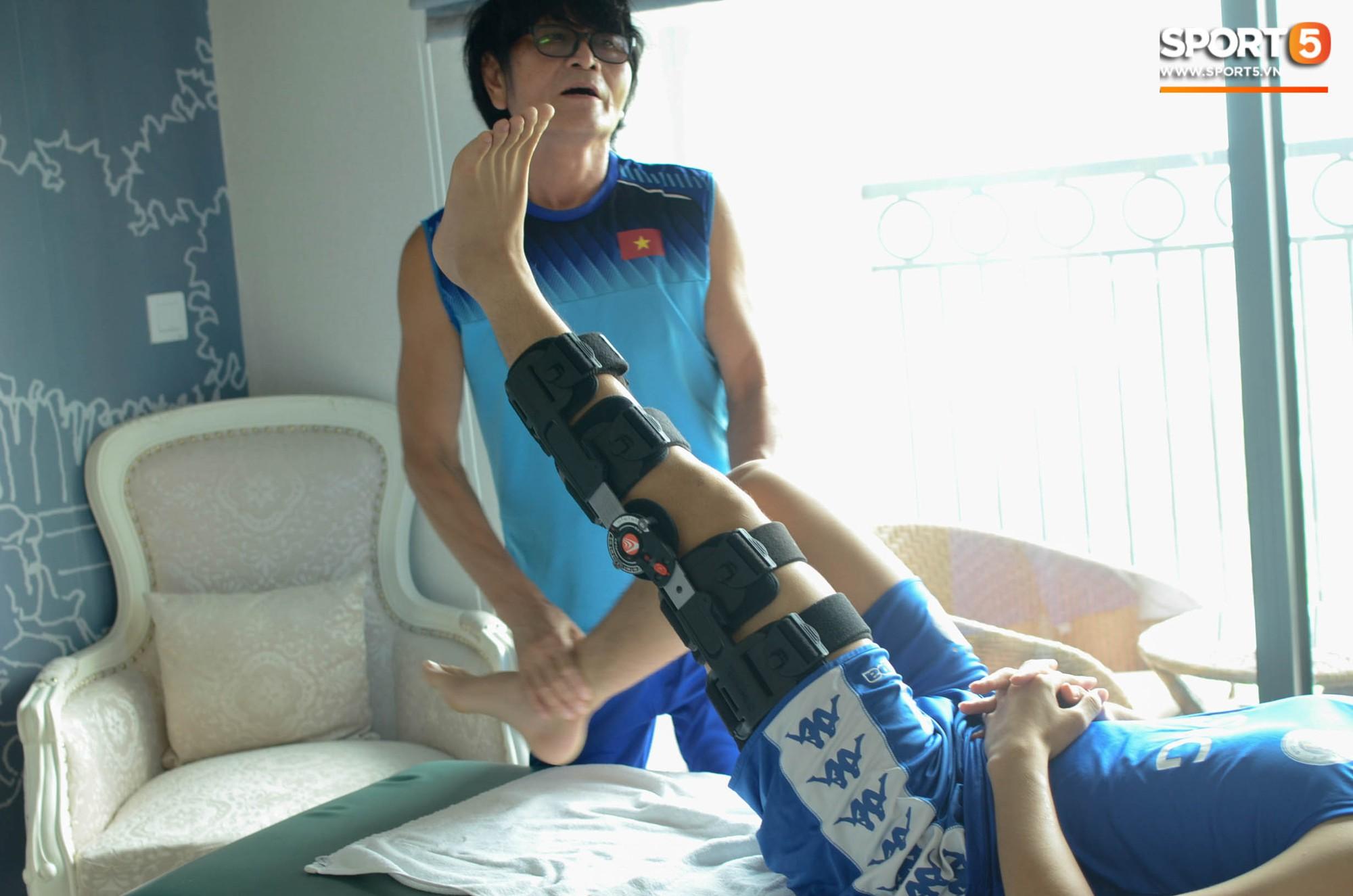 Đình Trọng kiên trì tập hồi phục, hy vọng mong manh kịp bình phục dự SEA Games 30-14