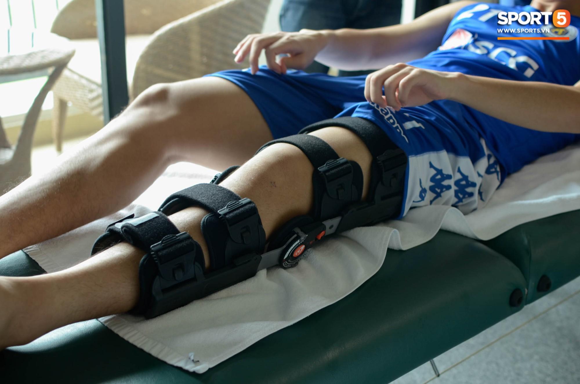 Đình Trọng kiên trì tập hồi phục, hy vọng mong manh kịp bình phục dự SEA Games 30-2