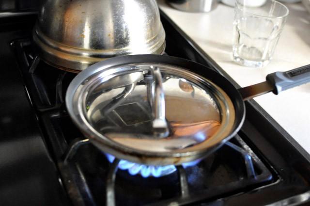 Bỏ bí kíp cũ đi, đây mới chính là cách bạn nên rán trứng ốp la đơn giản và ngon nhất-4