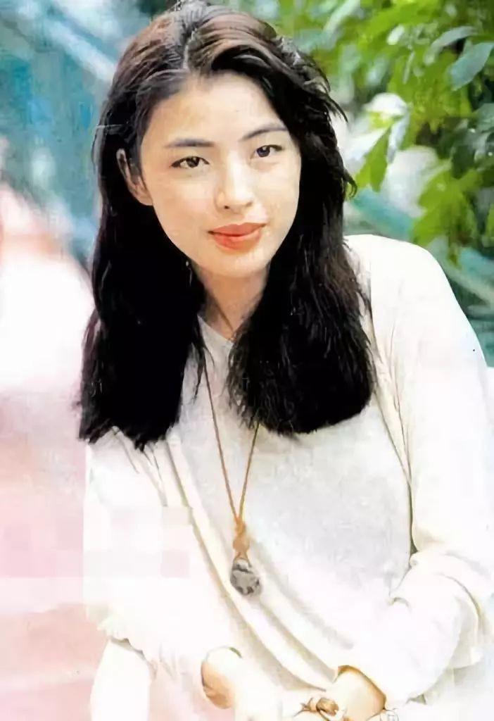 Cuộc hôn nhân tròn đầy hơn 30 năm của Thiên vương Hong Kong Trương Học Hữu: Bà xã đẹp ngang ngửa Trương Mạn Ngọc, hi sinh cả sự nghiệp vì chồng con-2