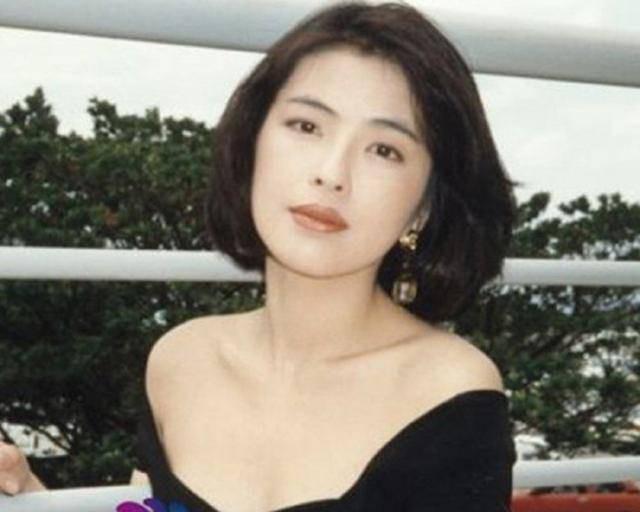 Cuộc hôn nhân tròn đầy hơn 30 năm của Thiên vương Hong Kong Trương Học Hữu: Bà xã đẹp ngang ngửa Trương Mạn Ngọc, hi sinh cả sự nghiệp vì chồng con-4