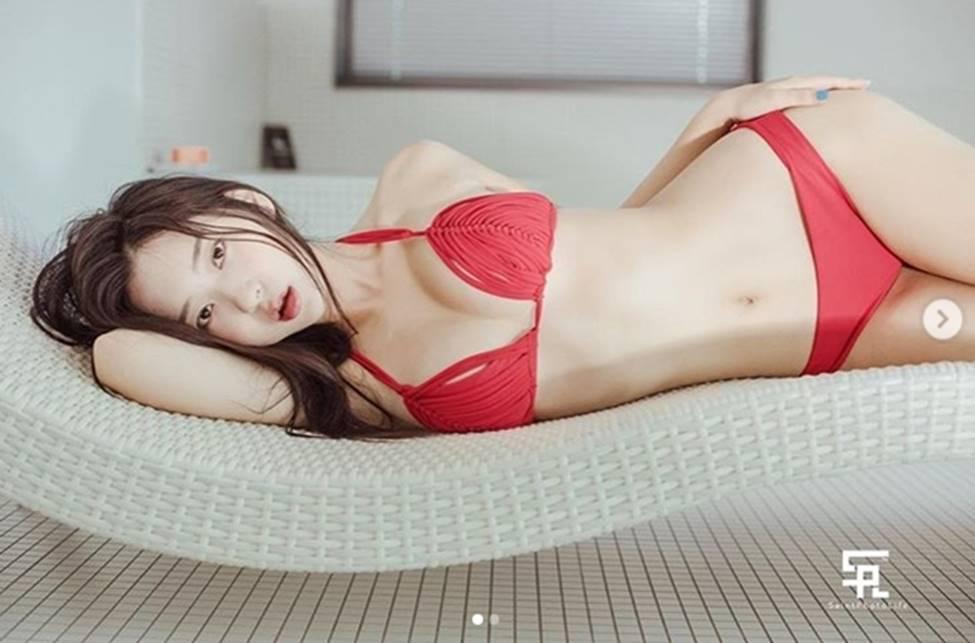 2 mẫu Hàn Quốc đời thường gái ngoan, lên hình khác biệt 180 độ-8