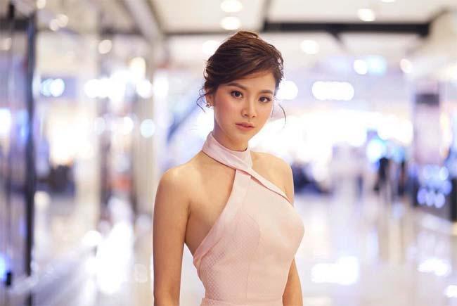 Gái làng chơi đẹp nhất màn ảnh Thái mặc gì cũng gợi cảm, cả nam lẫn nữ đều mê-13