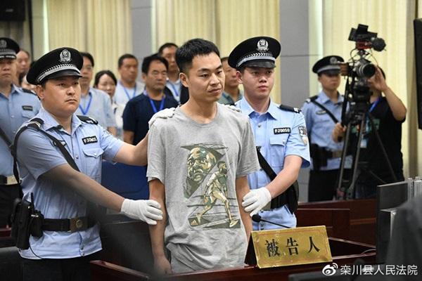 Bị giáo viên đánh phạt thời trung học, 20 năm sau gã đàn ông chặn đường báo thù rồi nhận cái kết cay đắng-1