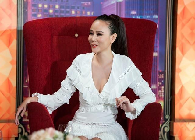 """Mâm nào cũng nhảy"""", Dương Yến Ngọc xứng đáng được phong danh hiệu Bà tám kém sang nhất Vbiz""""-2"""