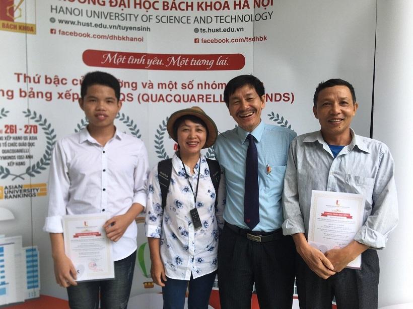 Hai anh em sinh đôi học giỏi được tuyển thẳng vào ĐH Bách khoa Hà Nội-3