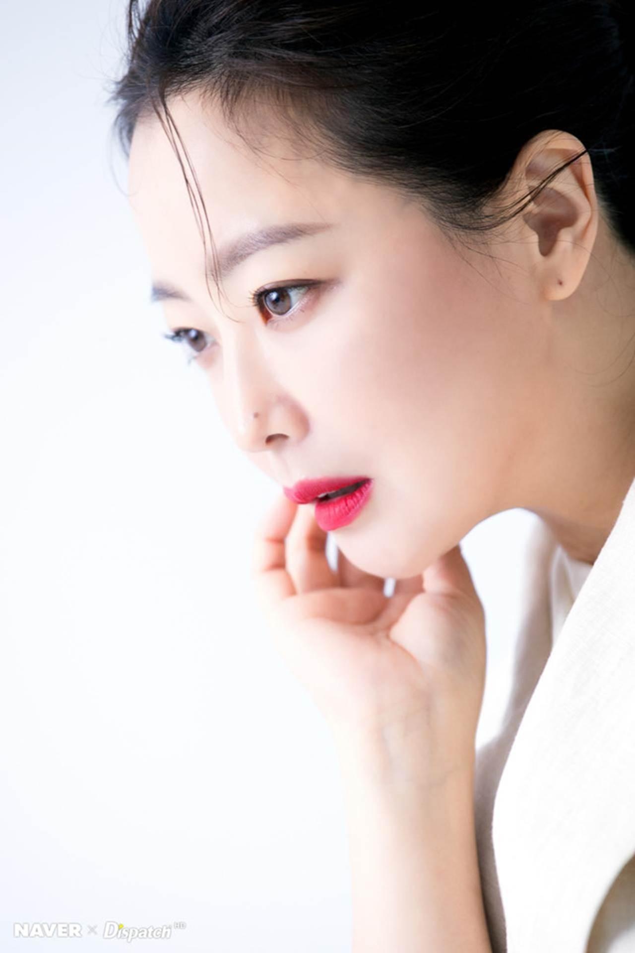 Kim Hee Sun - biểu tượng sắc đẹp trẻ trung ở tuổi 42-3