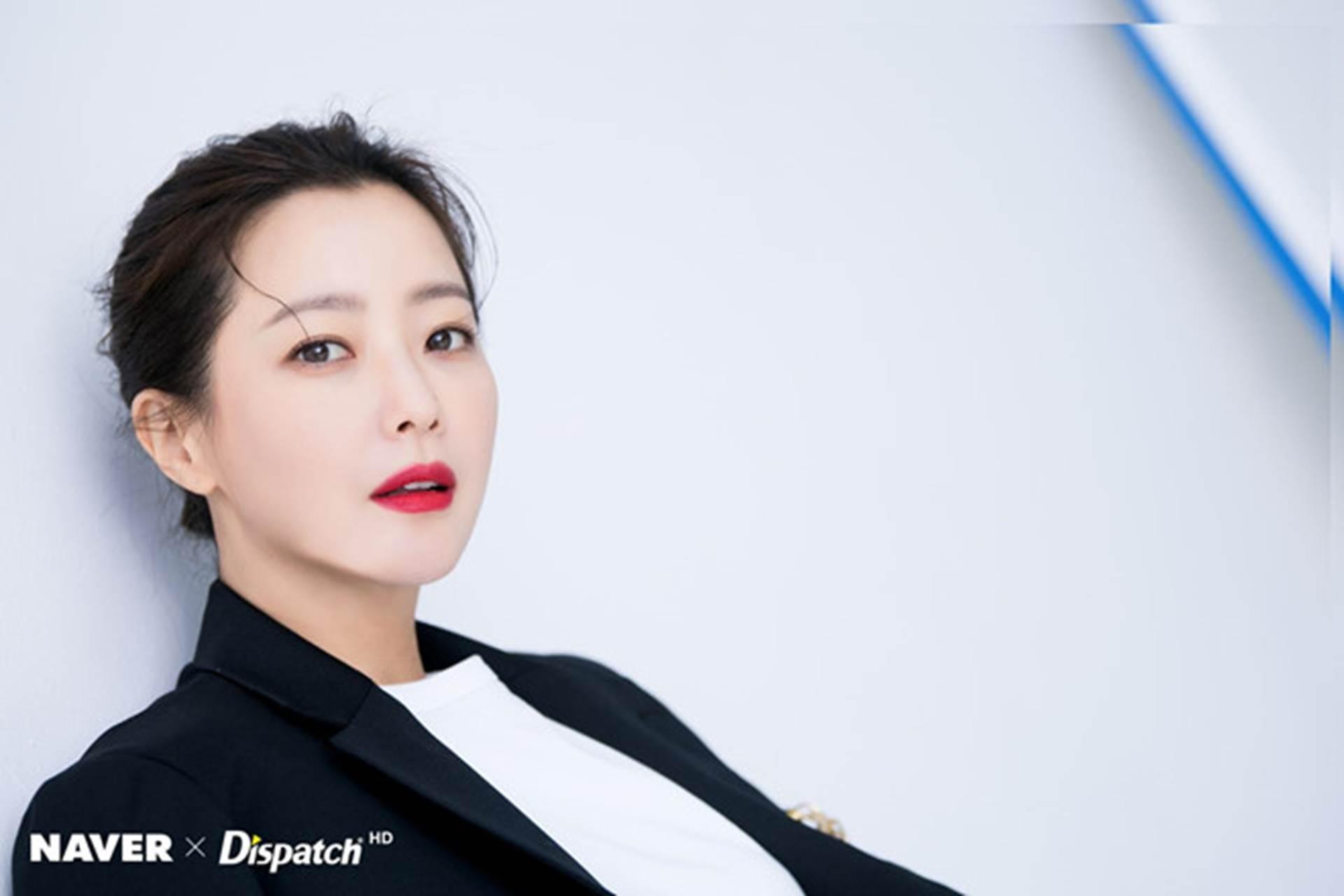 Kim Hee Sun - biểu tượng sắc đẹp trẻ trung ở tuổi 42-7