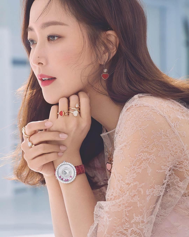 Kim Hee Sun - biểu tượng sắc đẹp trẻ trung ở tuổi 42-10