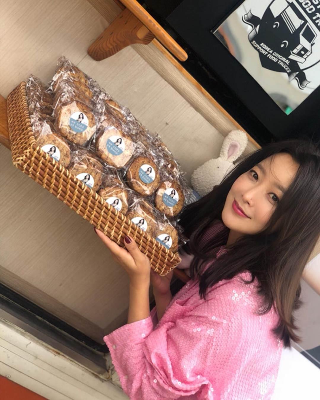 Kim Hee Sun - biểu tượng sắc đẹp trẻ trung ở tuổi 42-8