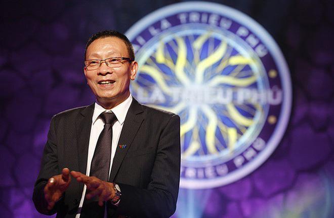 MC Lại Văn Sâm được fan xăm hình trên đầu và phản ứng của con trai-3
