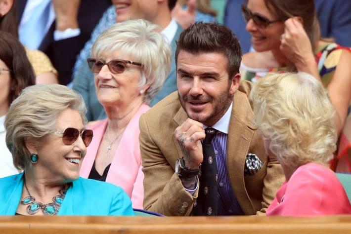 David Beckham ở tuổi 44 vẫn đẹp trai lãng tử, khí chất ngút trời, làm sáng rực một góc khán đài Hoàng gia-7