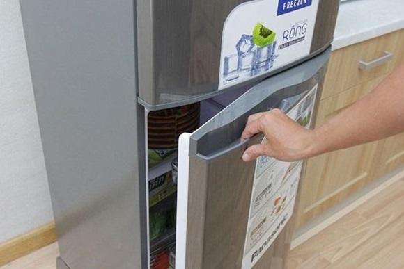 Lấy 1 tờ giấy A4 để trong tủ lạnh, tiết kiệm cả triệu tiền điện mỗi năm nhờ mẹo này-1