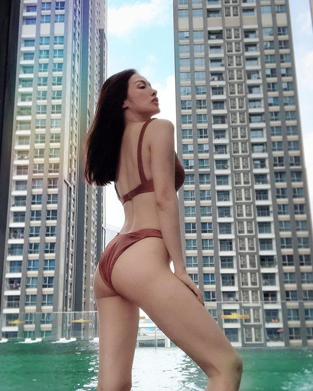 Tình cũ Lương Bằng Quang chăm đăng ảnh sexy, táo bạo-2