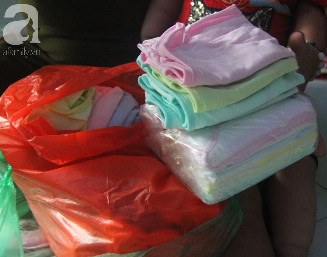 Người phụ nữ kể chuyện đi nhặt gần 27.000 thai nhi bị bỏ rơi: Tụi nó ở trong túi nylon, có còn nguyên vẹn nữa đâu...-10