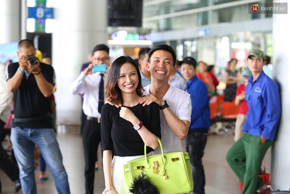 Nhan sắc ngày càng trẻ đẹp của vợ đại gia Minh Nhựa: Body nuột nà không hề thua chị kém em-6