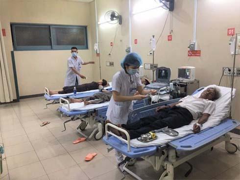 Hơn 70 người nhập viện sau khi cùng dự đám cưới-1