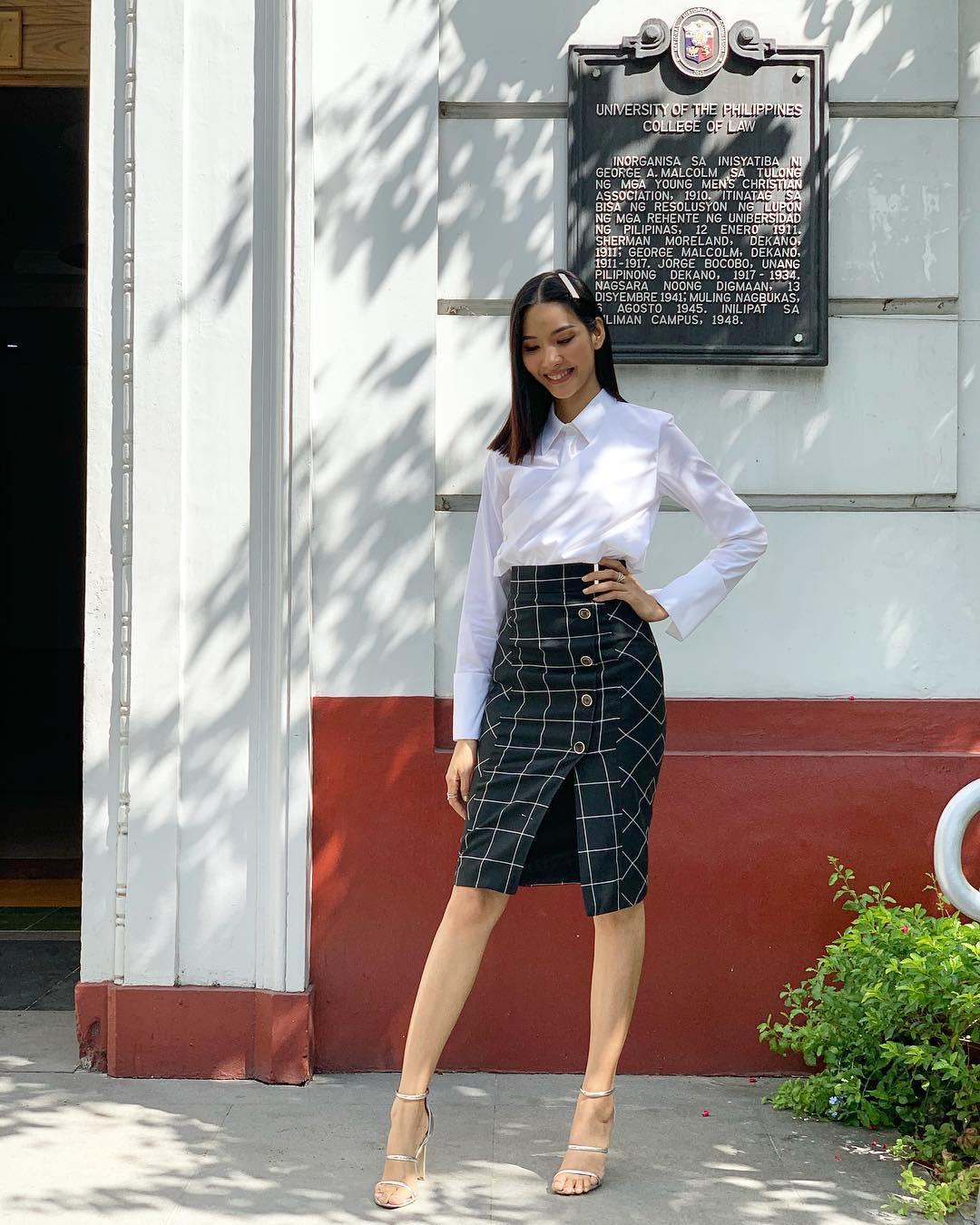 Làm chủ công thức diện đồ đen - trắng với 13 ý tưởng từ sao nữ Việt, và style của bạn sẽ lên đời thấy rõ-11