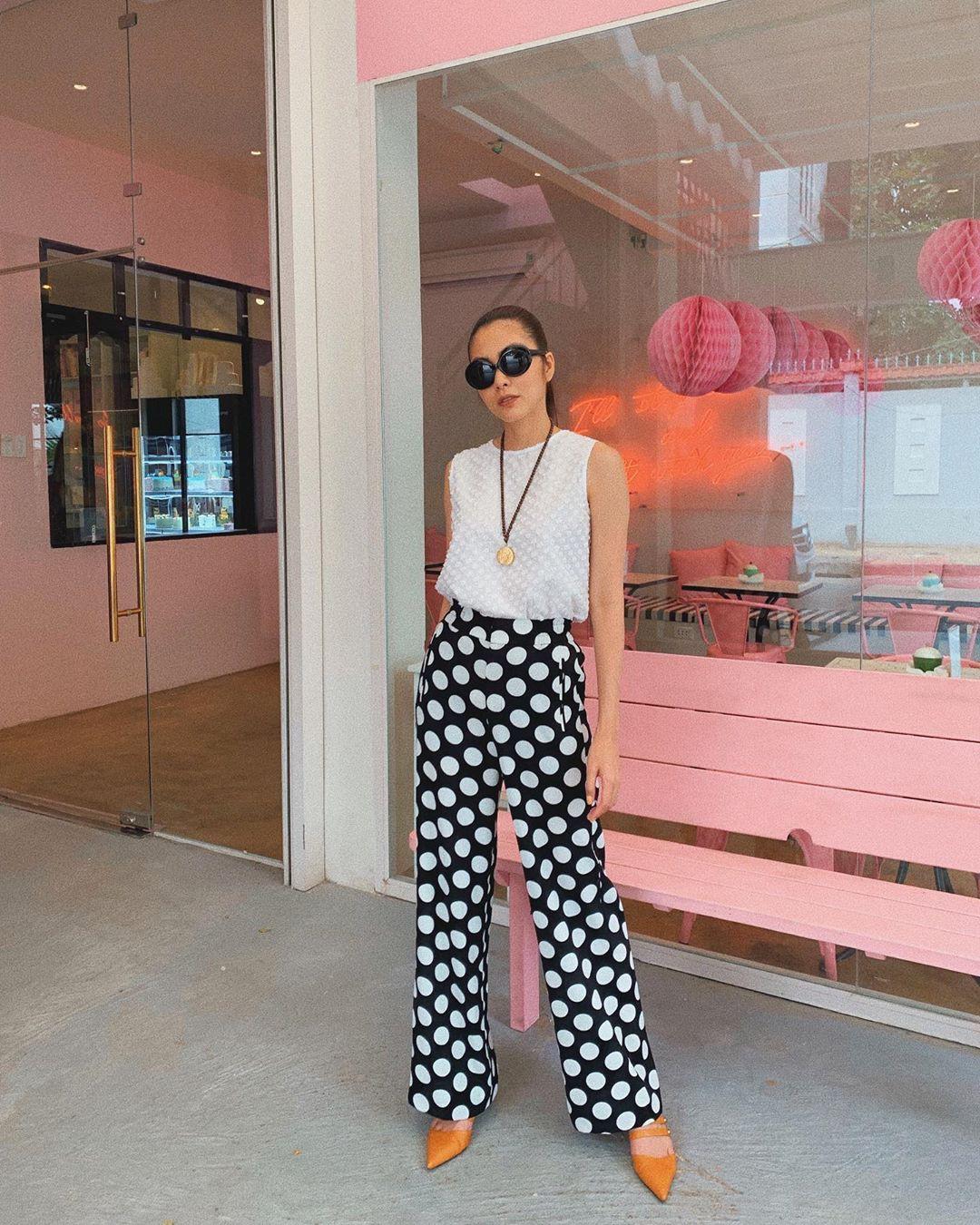 Làm chủ công thức diện đồ đen - trắng với 13 ý tưởng từ sao nữ Việt, và style của bạn sẽ lên đời thấy rõ-7