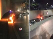 Hà Nội: Đang di chuyển, xe máy bất ngờ bốc cháy dữ dội tại hầm Kim Liên