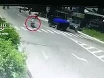 Đoạn clip minh oan cho tài xế xe ben trong vụ va chạm xe máy gây chết người