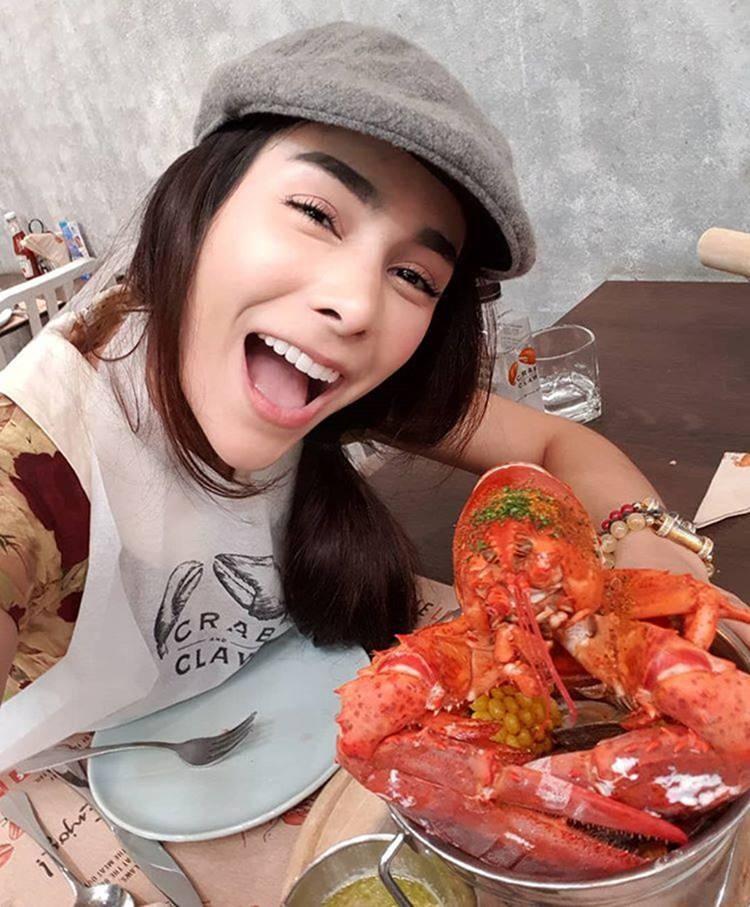 Tân Hoa hậu Hòa bình Thái Lan bị chê kém sắc và xấu tính-11