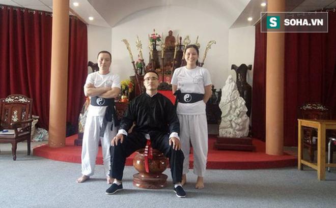 Tổng đàn chủ VXNA giải thích bất ngờ về hành vi đánh túi bụi võ sư Vịnh Xuân-2