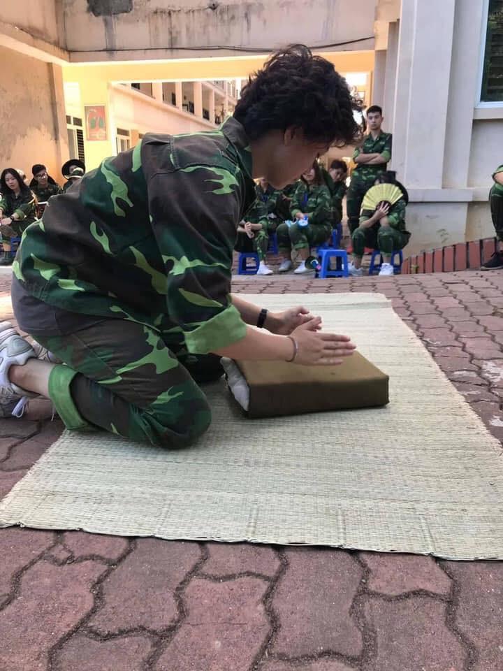 Bảo Hân Về nhà đi con chứng minh học quân sự không phải là cực hình với loạt ảnh check-in đẹp mê ly-9