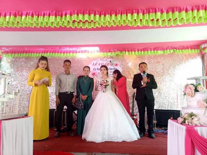 Đám cưới không chú rể ở Quảng Trị: Ai đến chung vui cũng lén lau nước mắt, thương cô dâu-2