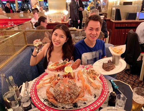 Vợ xinh của Đăng Khôi đi du lịch vẫn vào bếp làm món nhà giàu: Bất ngờ với mức giá-6