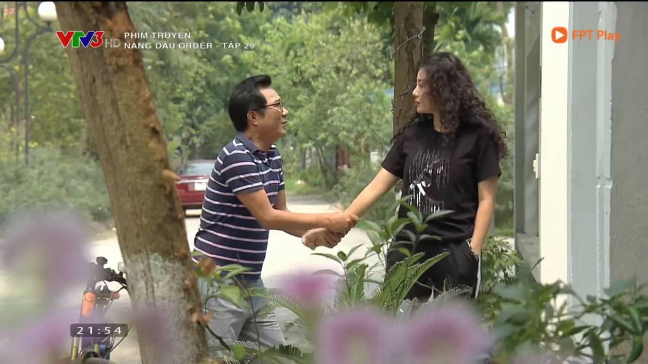 Nàng dâu order: Cười no bụng xem cảnh cô Linh hôn tỏ tình ông Phú, có màn diện kiến mẹ chồng cực bá đạo-3