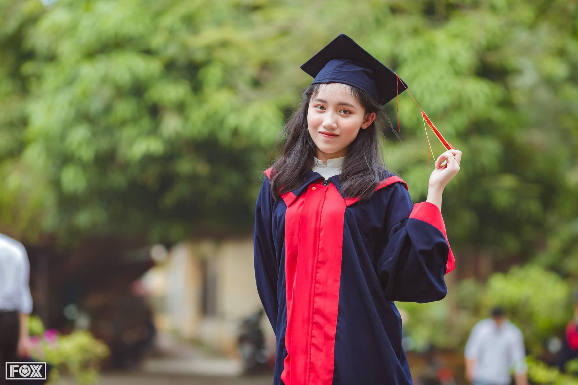 Loạt gái xinh thủ khoa Đại học 2019: Người điểm thi cao nhất nước, người nhiều môn đạt gần tuyệt đối!-1