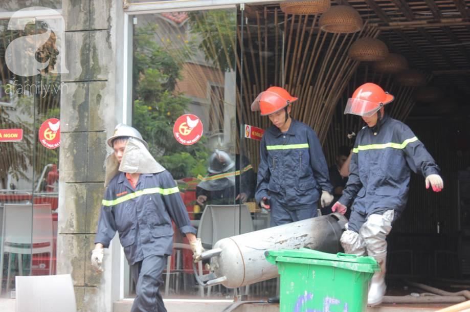 """Lời kể của người chứng kiến đám cháy ở Thiên đường Bảo Sơn: Ngọn lửa to quá, tôi thấy 3 người nhảy từ lan can tầng 2 xuống đất""""-7"""