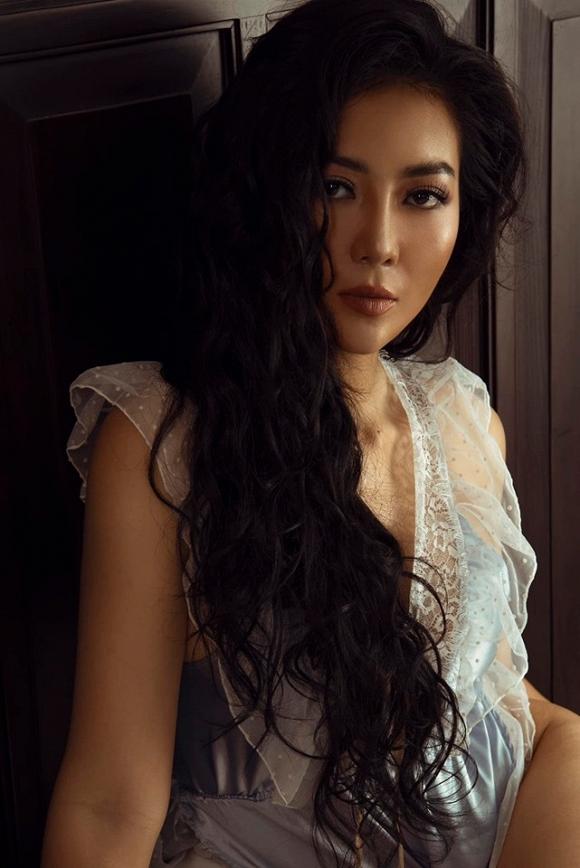 Diễn viên Thanh Hương táo bạo chào bình minh bên giường ngủ cực bỏng mắt-3