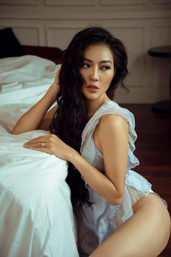Diễn viên Thanh Hương táo bạo chào bình minh bên giường ngủ cực bỏng mắt-6