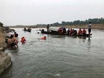 Rủ nhau tắm sông Đà, 4 thanh niên bị đuối nước, hiện đã tìm thấy 3 thi thể