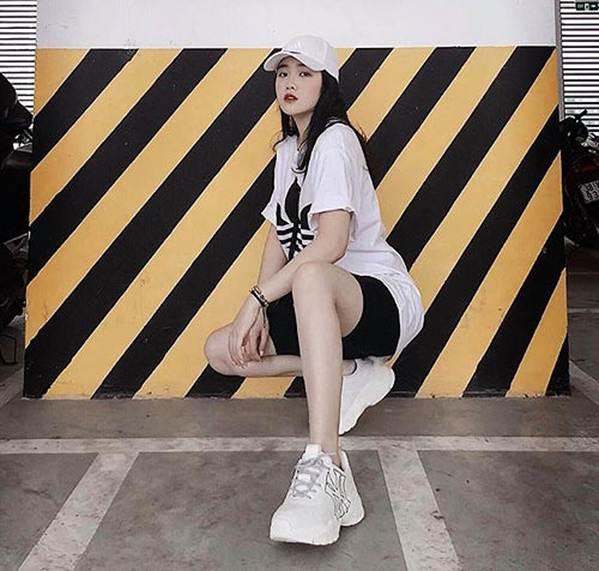 Bạn gái hotgirl của Đoàn Văn Hậu tung ảnh bikini khiến fan xuýt xoa-7